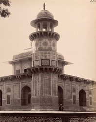Agra. Itimad-ud-daulah's Tomb. Detail of turrets at the corners of the building containing staircases leading to the roof, from the north
